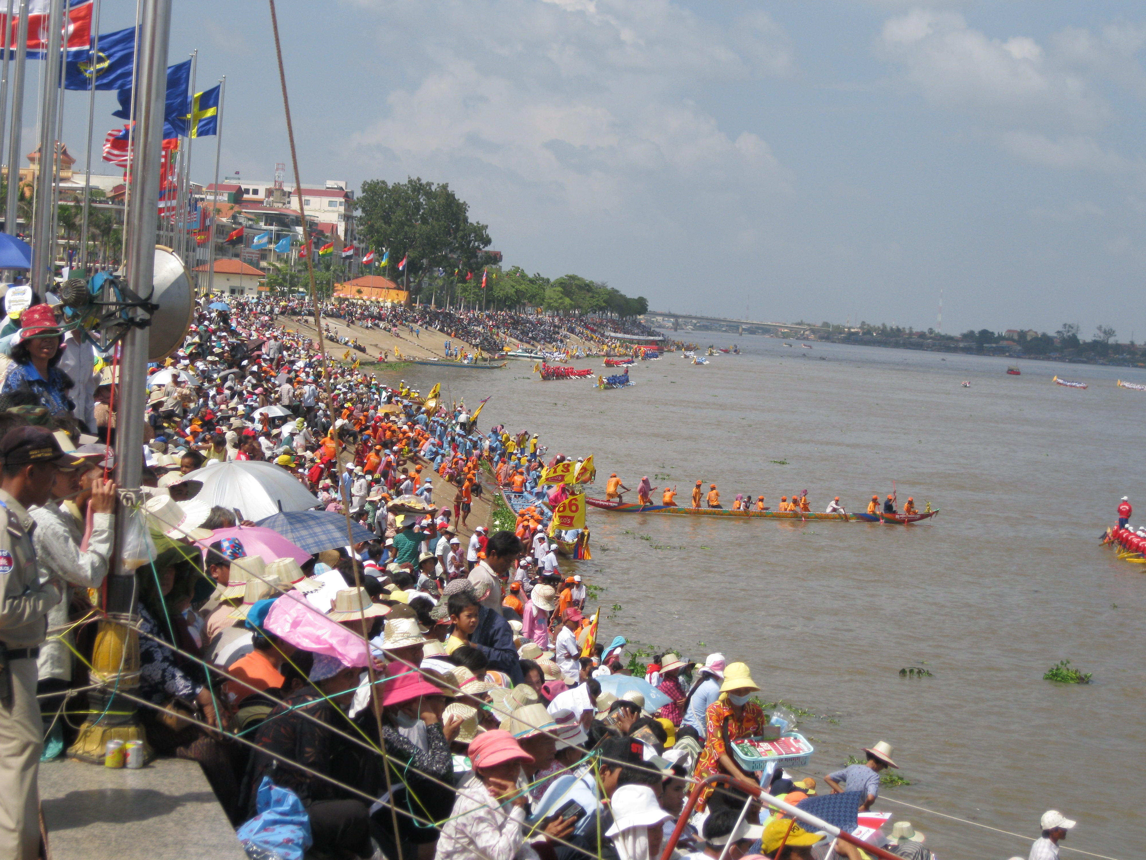cambodian festivals Cambodia's three day water festival has previously been marred by tragedy but  this year returned for the first time after a four year hiatus - just.